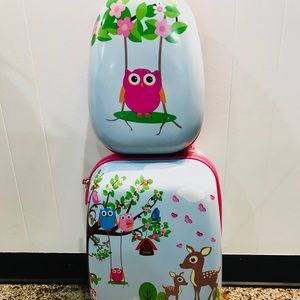 Other - NWOTGirls Toddler Luggage Set Unique Gift